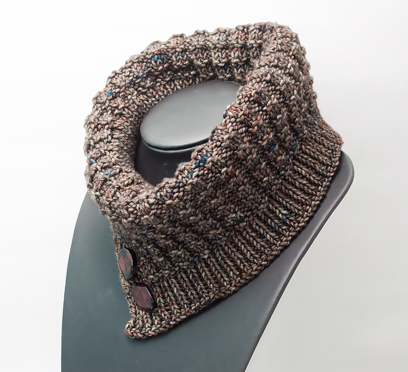 Thermis Knitted Cowl | The Blue Brick | Inspired Yarns