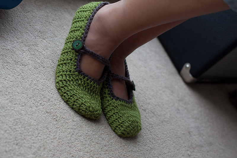 crochet mary jane slippers