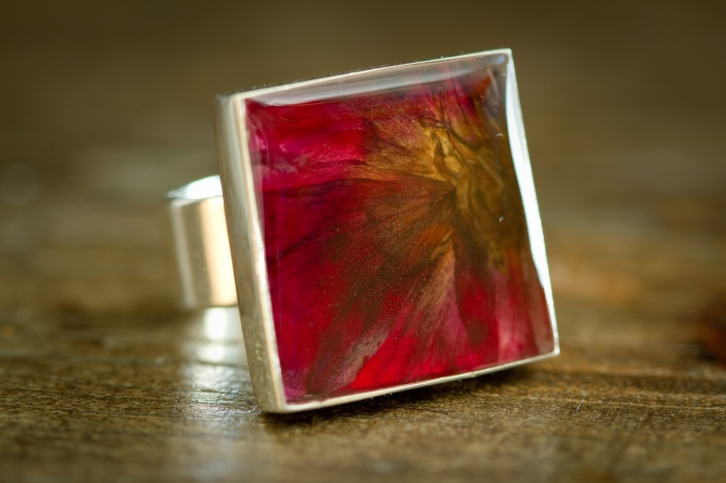 Resin flower petal jewellery