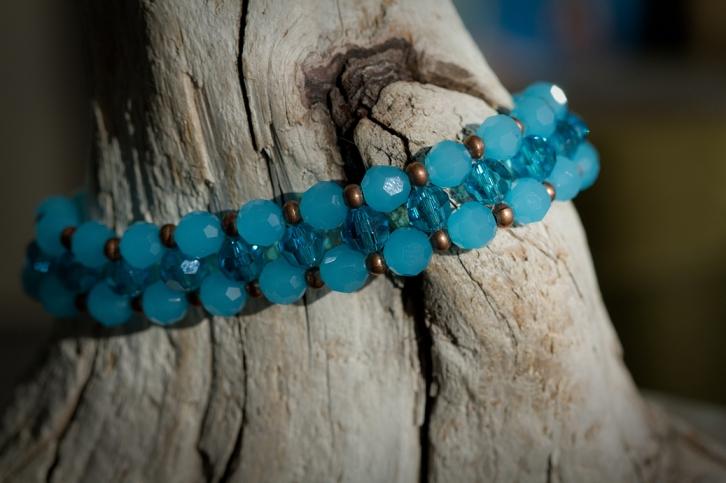 DIY beaded bracelet