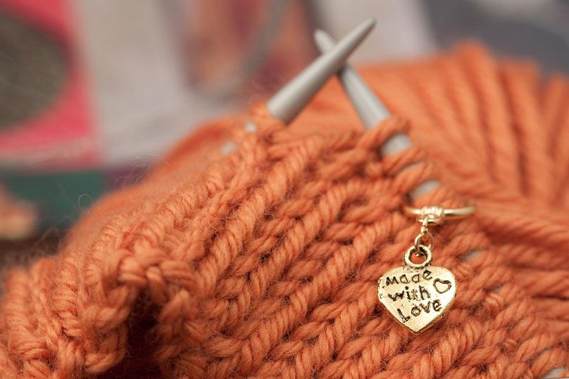 Knitting Markers Diy : Diy custom stitch markers the blue brick inspired yarns