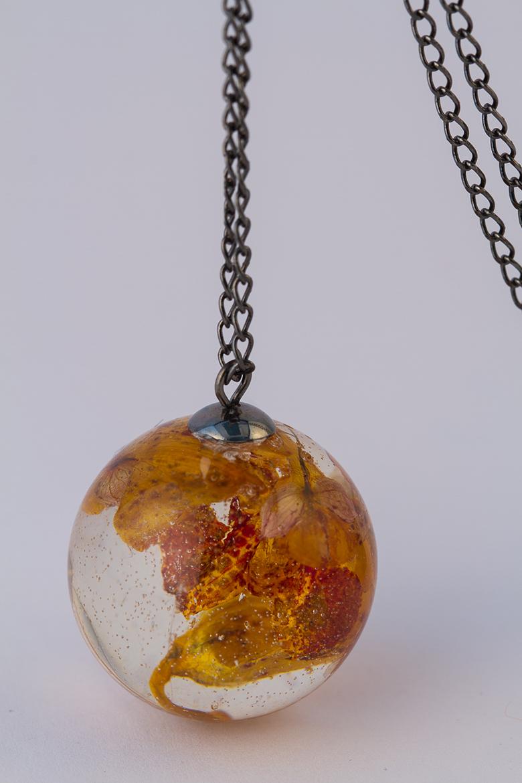 Resin Jewelry ©Shireen Nadir 2013