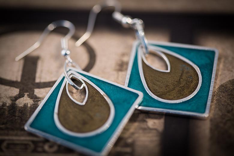 Resin Jewellery, 2nd Edition ©Shireen Nadir 2014