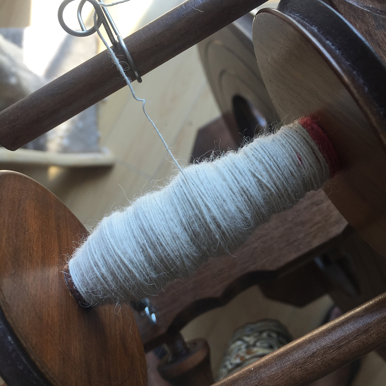 This stuff drafts like butter! This is an effortless lace weight spin.